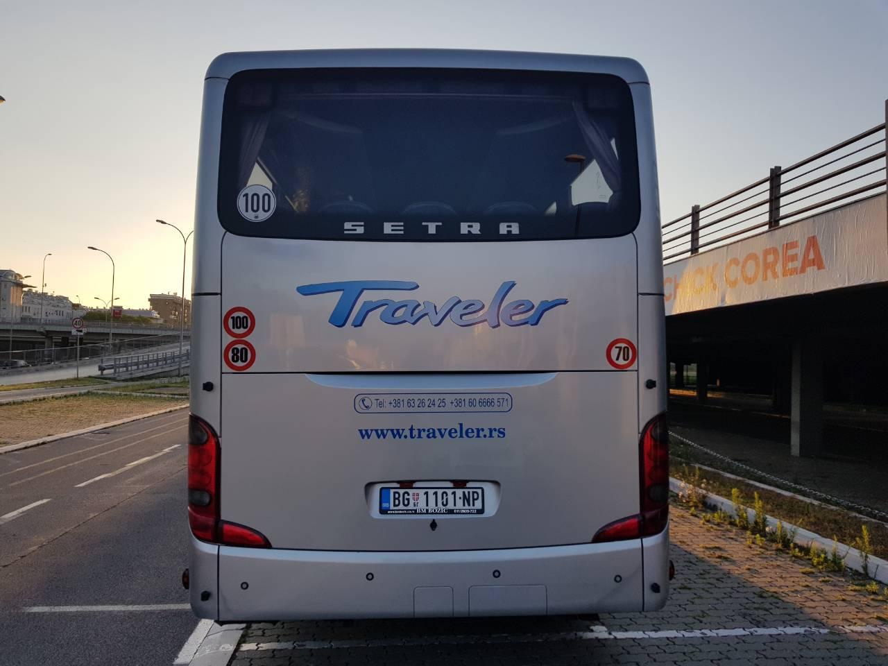 Autobus Traveler 53 + 3