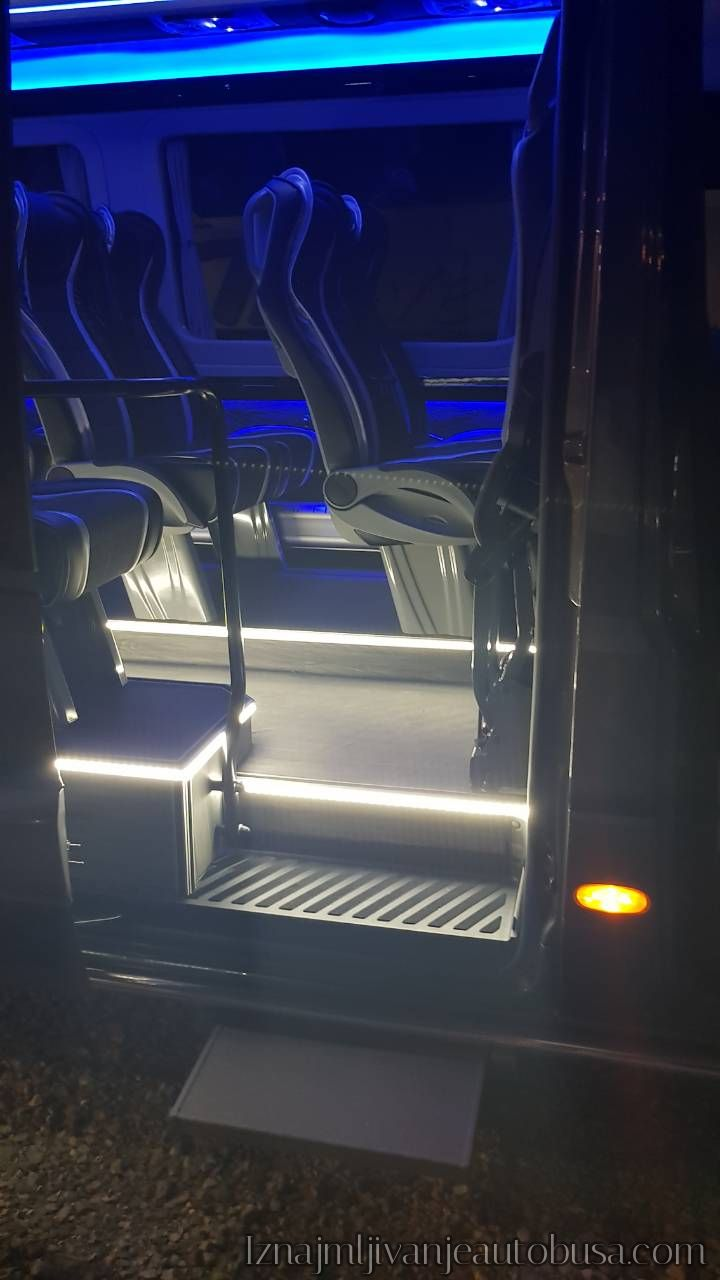 Mini Bus Iznajmljivanje Srbija